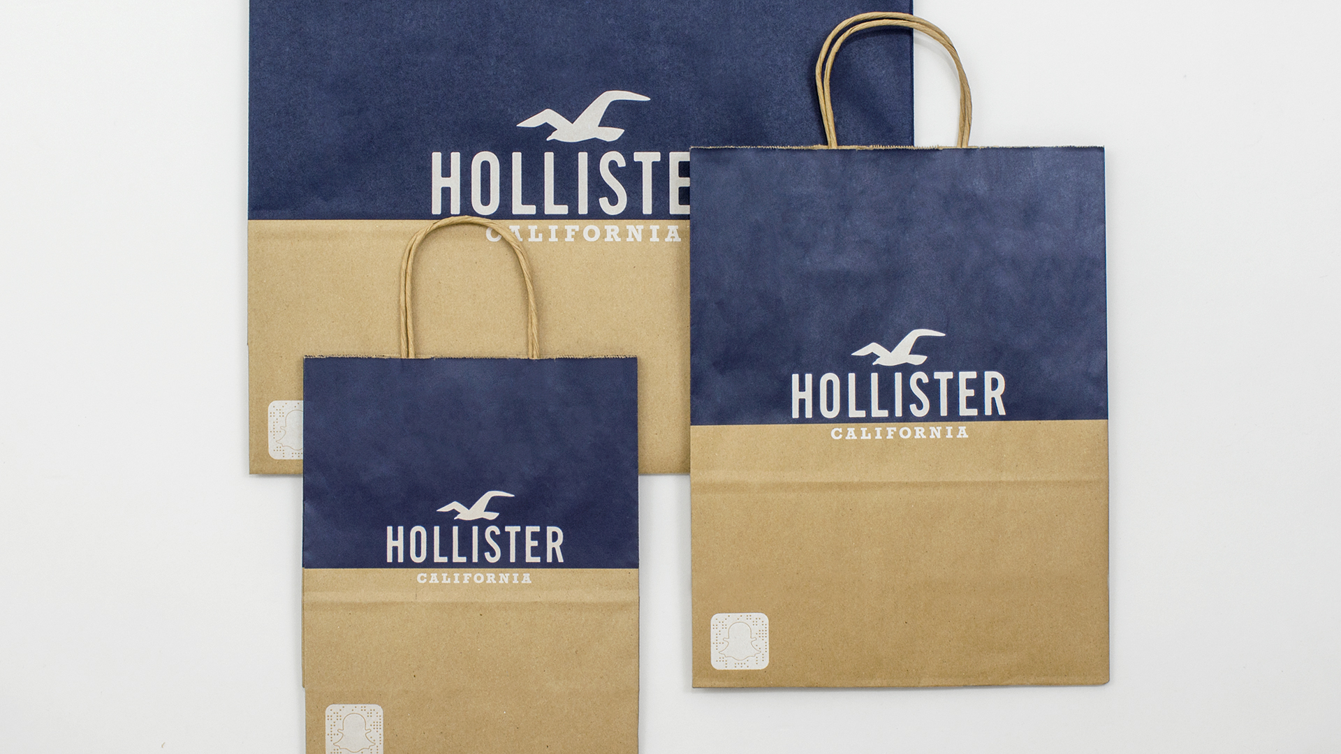 Hollister S Holiday 2017 Ping Bag Both Bags Were Inspired By Midcentury Southern California Surf Culture And Made From 80 Recycled Content